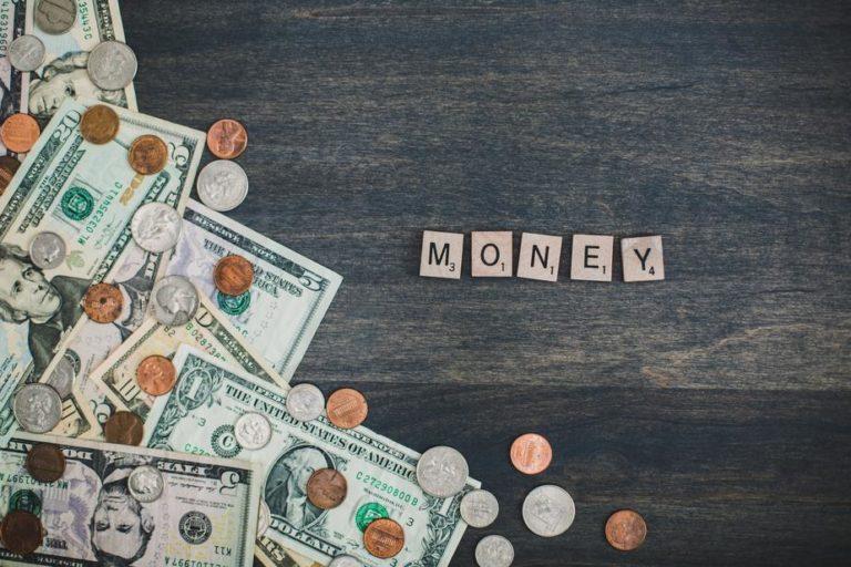 アフィリエイトで稼ぐ方法1.お金を投資する